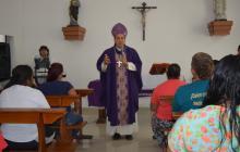 """""""Alguien desaparece un día y luego ya está muerto"""": arzobispo rechaza casos de violencia"""
