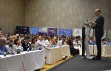Alonso Cardona, viceministro de Energía, durante su intervención en el evento.