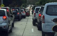 Caos en la carrera 47 por cierre de vías para obra de canalización