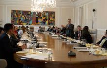 El mandatario colombiano preside un consejo de ministros en el Palacio de Nariño, sede de Gobierno.