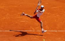 Djokovic se mete en segunda ronda del torneo de Madrid