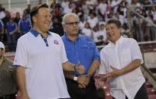 Presidente de Panamá busca en Costa Rica ideas para impulsar fútbol