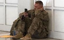 El conmovedor video de un soldado que vio el nacimiento de su hija por celular