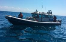 Armada Nacional durante un operativo en alta mar.