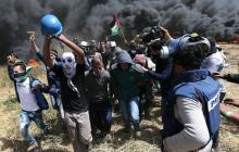 Miles de palestinos regresan a la frontera con Israel, arriesgando la vida
