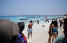 """""""No estoy de acuerdo con cierre de Playa Blanca"""", dice el alcalde Quinto Guerra"""