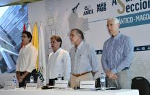 Rodolfo Anaya, Bruce Mac Master, Eduardo Verano de la Rosa y Alberto Vives, durante la asamblea de la Andi realizada ayer en Barranquilla.