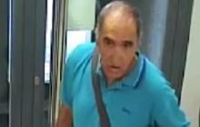 Antonio Padilla, grabado en una cámara de seguridad de un banco.