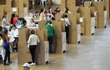 Ciudadanos ejercen su derecho al voto en las pasadas elecciones legislativas del 11 de marzo.
