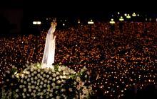 Noche de faroles en la Plaza de  la Paz