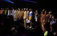 Fresca y femenina, así se presentó la moda masculina en París