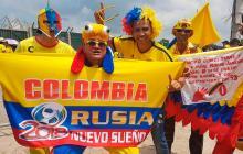 En video | De punta a punta, la Costa alienta con cánticos a la 'Tricolor'