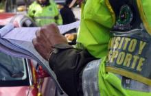Caen 2 agentes de Tránsito por cobro de 'mordida'