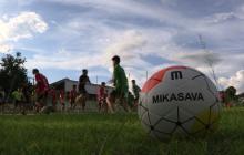 Compañeros de niños rescatados en Tailandia vuelven al fútbol