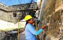 Escuela Taller refuerza obras de consolidación en murallas de Cartagena
