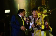 En el concierto, Silvestre Dangond cantó a dúo con Poncho Zuleta 'Mañanitas de invierno'.