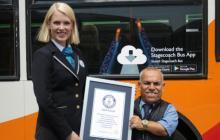 En video   Récord Guinness para el conductor de bus más bajo del mundo