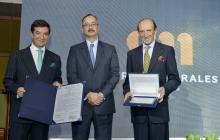 Alejandro Morales, vicepresidente ejecutivo GMH, Gustavo Adolfo Toro, presidente Cotelco, Juan Manuel Morales, Vicepresidente Financiero, GMH.