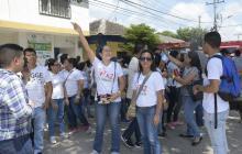 Baranoeros protestan a las afueras de la sede de la Alcaldía tras cierre del hospital