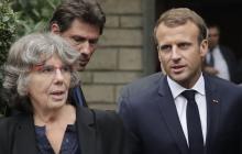 Presidente de Francia, Emmanuel Macron junto a la hermana de Maurice Audin.