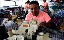 Trabajador de una compañía del sector de confecciones en Barranquilla.