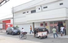 El hombre fue trasladado hasta el Hospital Juan Domínguez Romero, pero llegó sin signos vitales.