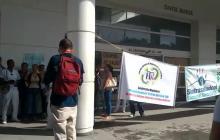 Falta de insumos y deudas salariales tienen en crisis la clínica Esimed en Santa Marta