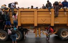 En video | Caravana migrante avanza por Veracruz rumbo a EEUU
