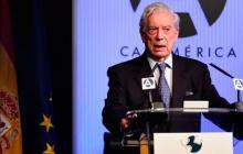 El premio Nobel de Literatura 2010, el peruano Mario Vargas Llosa, es uno de los firmantes del texto.