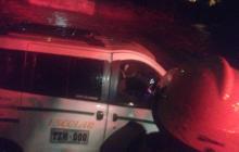 En video | Arroyo El Salao arrastra nuevamente un vehículo en Soledad