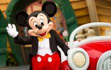 Mickey celebra 90 años como una de los personajes más importantes de la cultura pop.
