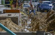 Vecinos reclaman culminación de obras en andenes de cra. 21