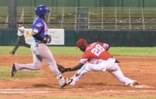 Caimanes vence a Tigres y divide la serie en Cartagena