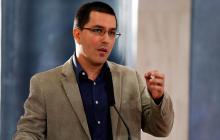 """Venezuela acusa al presidente Iván Duque de """"jugar a la guerra"""""""