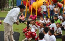Niños participan de la iniciativa Museo al Parque.