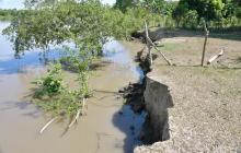 En video | Alerta en Calamar ante posible ruptura del Canal del Dique