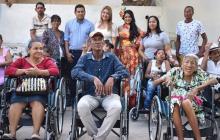 Alcaldía de Malambo entrega ayudas técnicas a personas con discapacidad