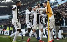 Cristiano Ronaldo celebrando uno de los goles junto a sus compañeros.