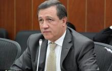 Senador Macías priorizará proyecto del fiscal contra la corrupción