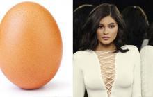 Kylie Jenner pierde la batalla por más 'me gusta' con un huevo en Instagram