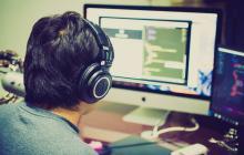 Un jugador de una página de apuestas en línea.