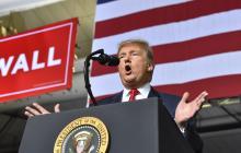 """La Casa Blanca confirma que Trump declarará """"emergencia nacional"""" para financiar el muro"""