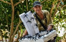 Cada una de las arañas tiene un costo que va desde los $1.000 a $2.000, dependiendo de quien sea el comprador.