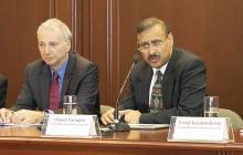 Alberto Schatan y Hamid Faruqee, jefe de la misión del FMI para Colombia.