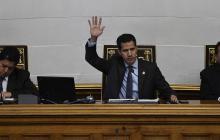 Juan Guaidó durante sesión de la Asamblea Nacional en Caracas junto a los vicepresidentes de esta.