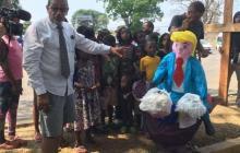 Queman piñatas de Trump en el sur de México por deportaciones