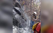 Instalan tres puestos de mando unificado por incendios en Sierra Nevada