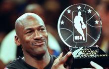 Michael Jordan ganó seis anillos de la NBA y fue nombrado 14 veces All-Star.