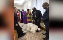 ¿Por qué el Papa besó los pies a líderes de Sudán del Sur? el Vaticano lo explica