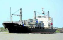 Portuarios y ministro de Hacienda revisarán plan para draga permanente